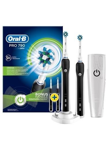 Oral-B Pro 790 Şarj Edilebilir Diş Fırçası 2'li Avantaj Paketi Siyah